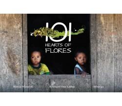 101 Hearts of Flores di Mattia Nizzardo, Kristanti Dua Lodan, Aomega,  2020,  Y