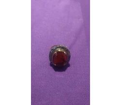 Anello anni '40 vintage, 5,65 gr., ambra con contorno diamantini